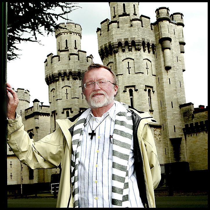 Bob Eccles - Pastor